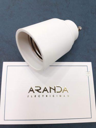 adaptador-bombilla-gu10-a-e27-normal-electricidad-aranda-lamparas-almeria