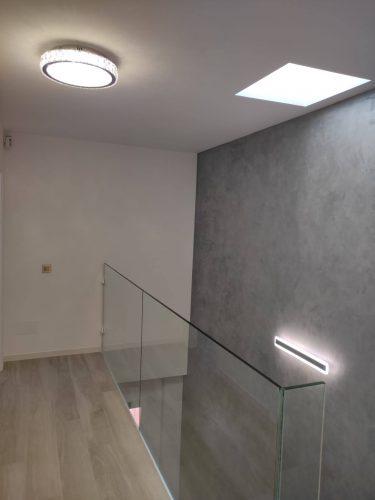 dana-schuller-aplique-de-led-para-escalera-luz-neutra-comprar-en-tienda-electricidad-aranda-lamparas-almeria-