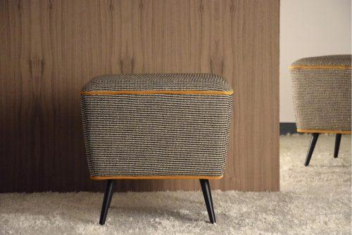 puf-cuadrado-en-beige-y-negro-diseno-trendy-comprar-vp-ourense-online
