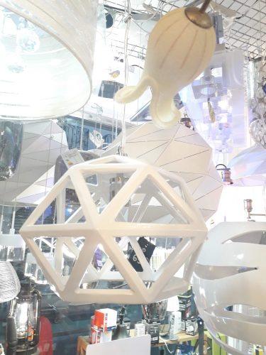 colgante-resina-blanco-triangulos-4002-il.lumino-electricidad-aranda-lamparas-almeria-