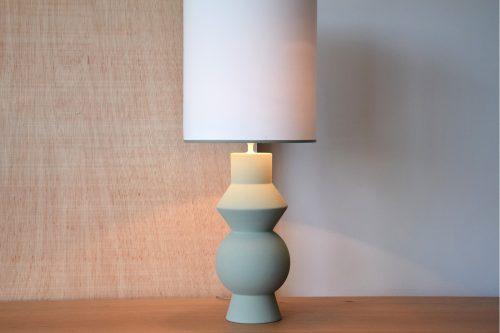 lampara-ceramica-forma-verde-musgo-vp-interiorismo-electricidad-aranda-lamparas-almeria-