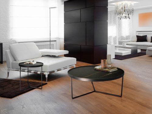 485470-mesa-de-centro-paola-schuller-marmol-negro-electricidad-aranda-lamparas-almeria-