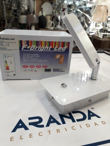 Aplique cristal blanco articulado con interruptor 5w Led 3k 2074050 F Bright