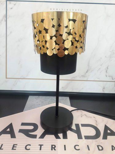 sobremesa-15335T-susy-negro-con-oro-dormitorio-moderna-globo-lighting