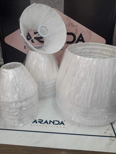 pantalla-seda-plisada-blanca-para-lampara-mercalamparas-comprar-electricidad-aranda-lamparas-almeria-