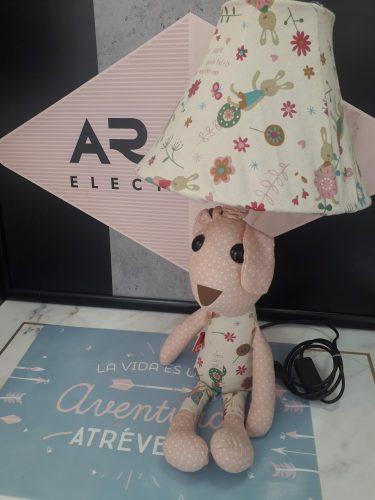 sobremesa-muñeco-con-pantalla-infantil-electricidad-aranda-lamparas-almeria-regalo