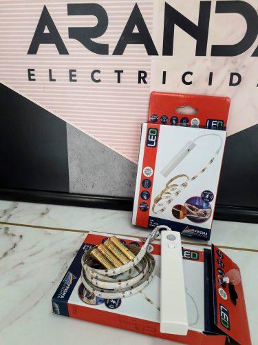 tira-led-con-sensor-a-ilar-luz-neutra-briloner-electricidad-aranda-lamparas-almeria-