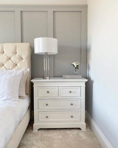 sobremesa-elegante-plata-dormitorio-marinisa-comrpar-electricidad-aranda-lamparas-almeria-