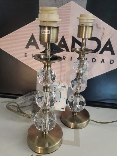 marinisa-759-pie-sobremesa-alto-cromo-elegante-electricidad-aranda-lamparas-almeria-Cuero