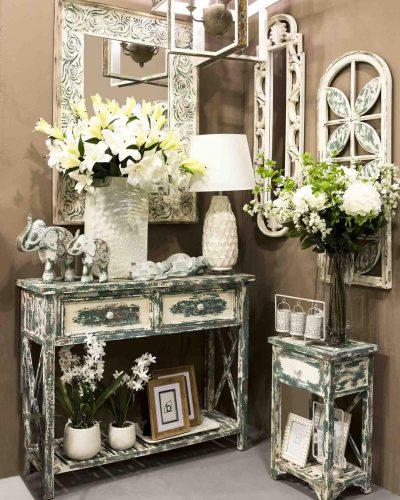consola-mesita-teñida-madera-belda-interiorismo-comprar-electricidad-aranda-lamparas-almeria-