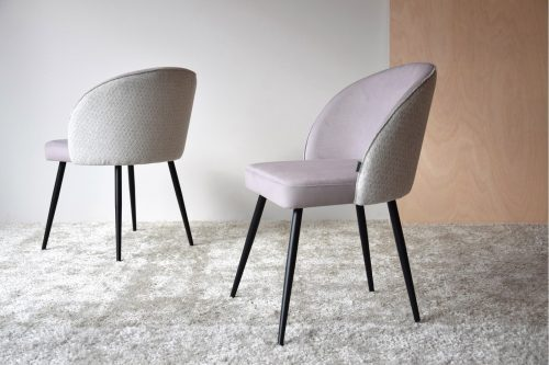 set-2-sillas-comedor-en-tono-arena-vp-interiorismo-electricidad-aranda-lamparas-almeria-