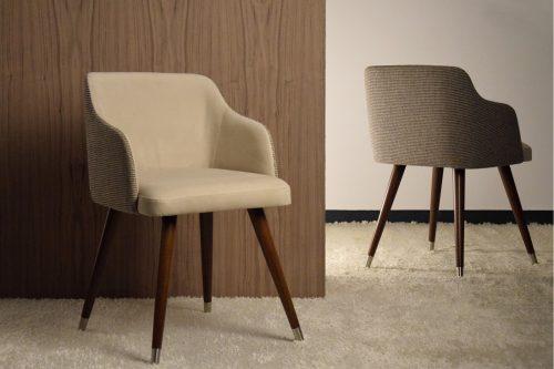 silla-vp-interiorismo-electricidad-aranda-lamparas-almeria–con-brazos-en-tono-piedra-y-gris
