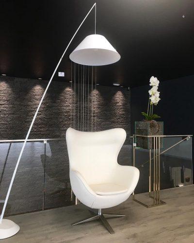 sillon-egg-schuller-electricidad-aranda-lamparas-almeria-