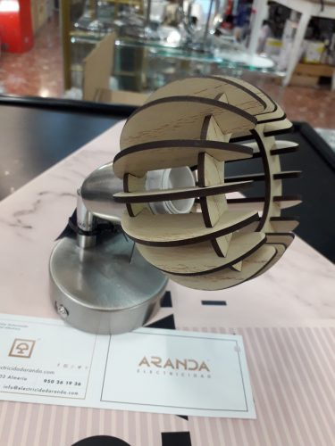 Foco / Aplique E14 con detalle madera natural 2852-011  Briloner