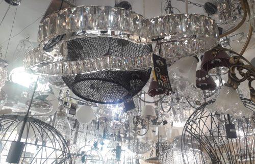 DEBRA: Lámpara cromo y cristal 23W Led Debra Schuller 754187 en 4K